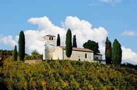 La chiesetta di San Vigilio a Col San Martino
